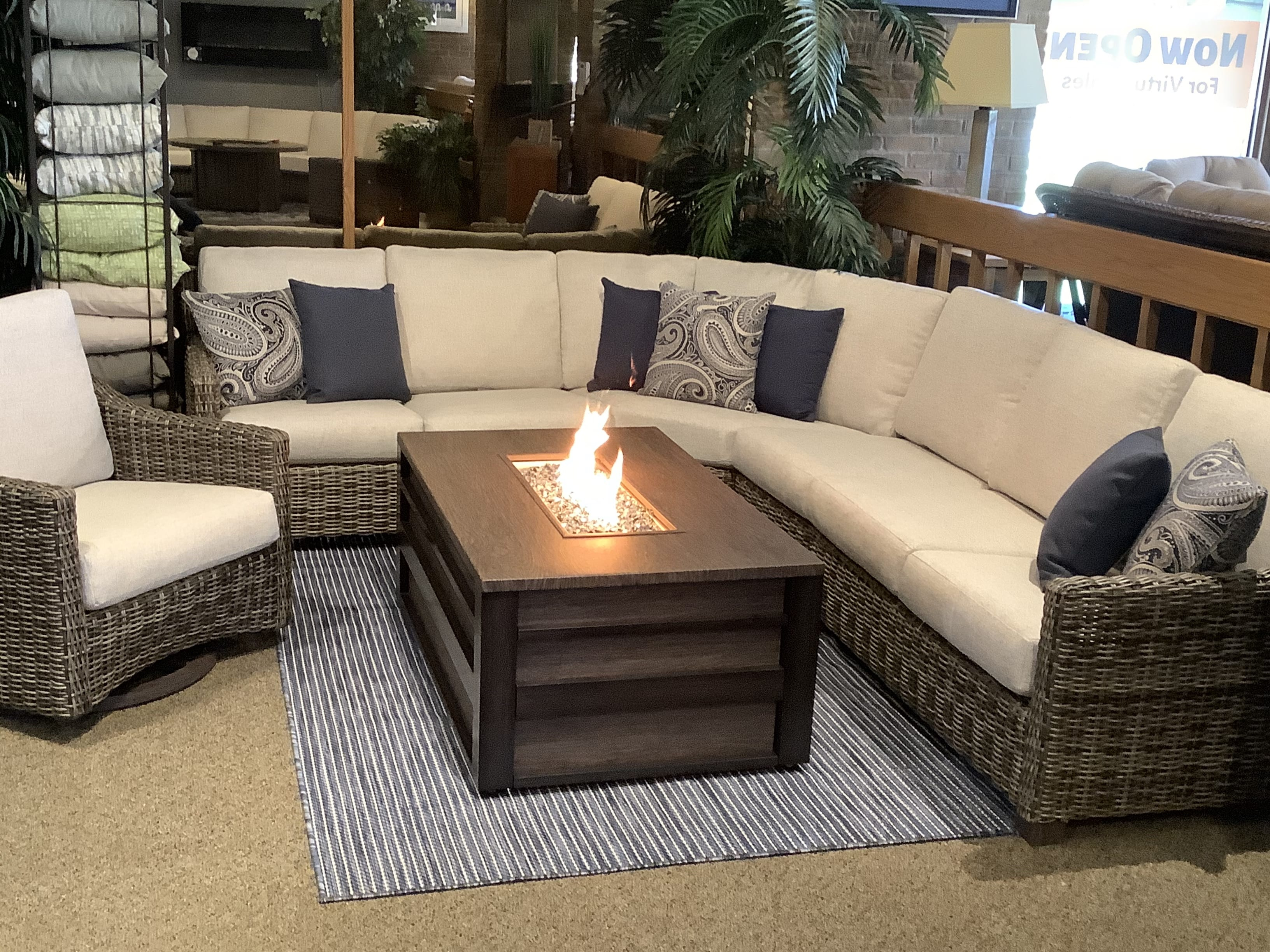 Valone-Sectional-white